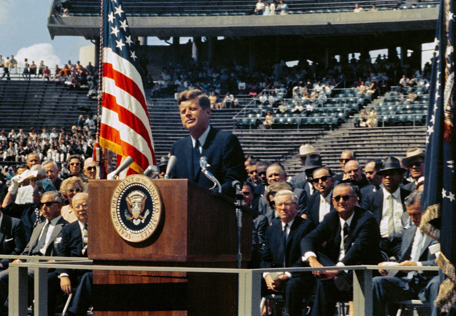 DC-President_Kennedy_-Choose_to_Go_to_the_Moon-flickr-commons.jpg
