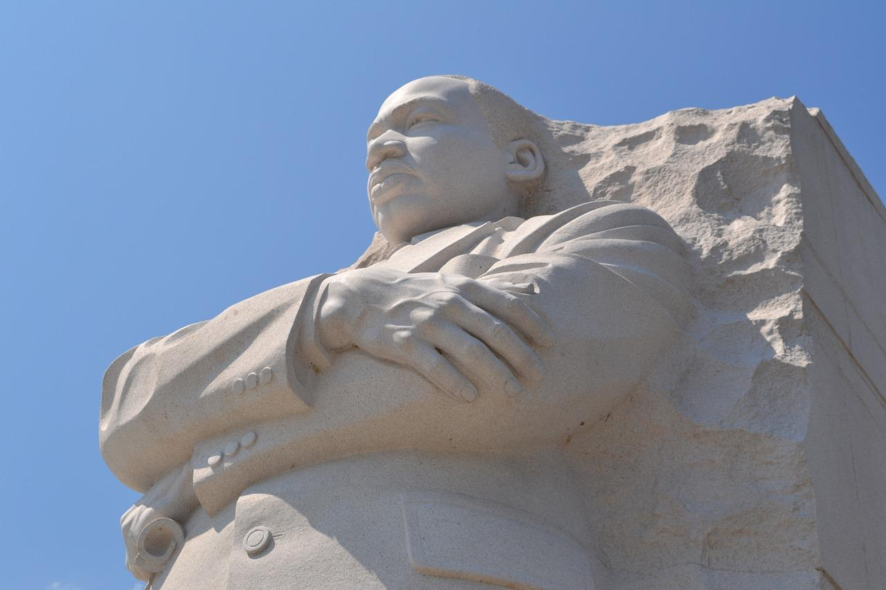 Martin-Luther-King-Jr.-Memorial-Washington-DC.jpg