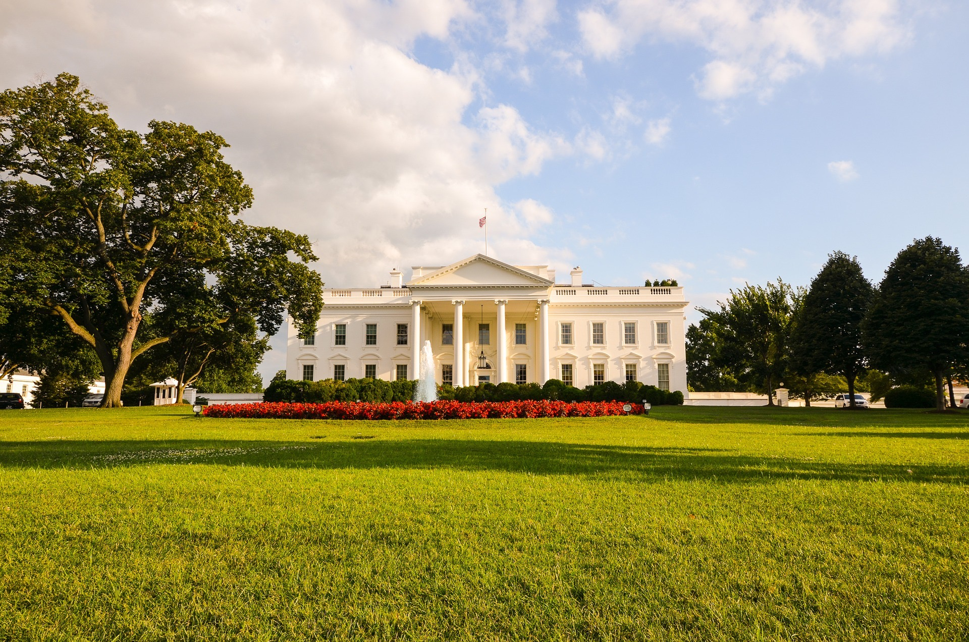 washington-dc-white-house.jpg