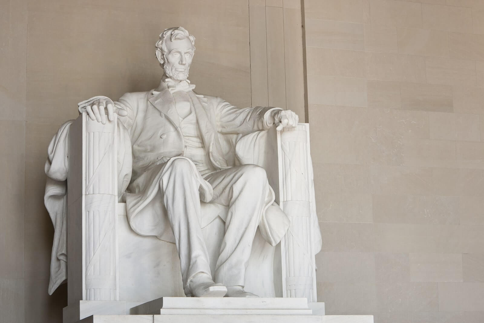 lincoln-memorial-washington-dc-united-states.jpg
