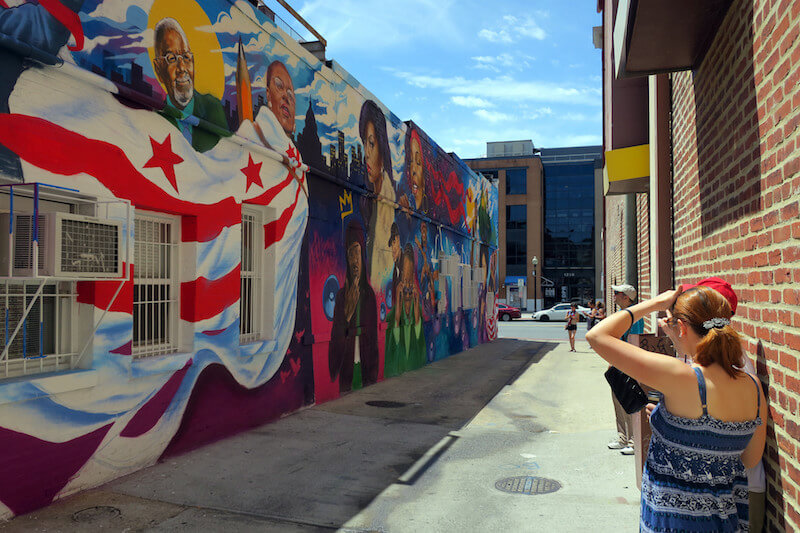 bens-chili-bowl-street-murals-washington-dc.jpg